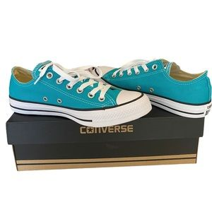 Converse Unisex Chuck Taylor All Star Sneakers
